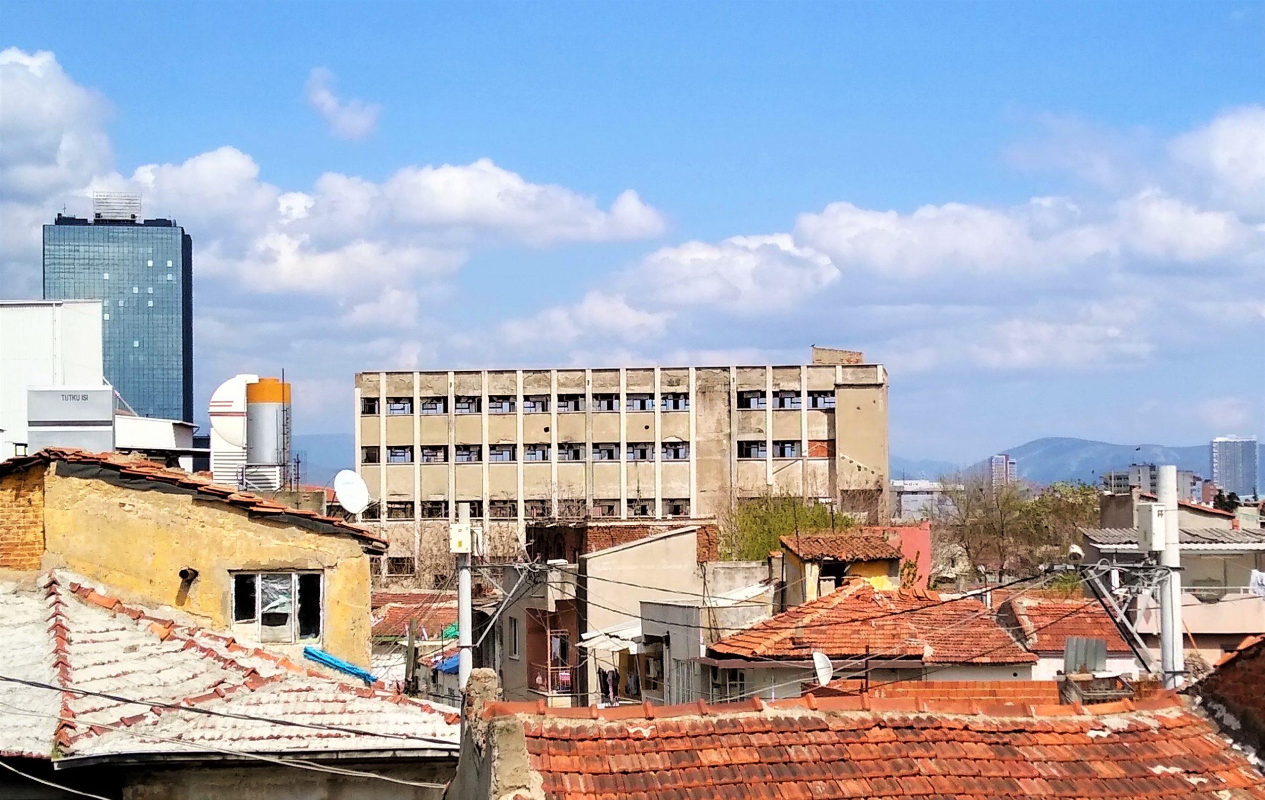 Hadi, Terk Edilmiş Endüstriyel Binaları Yeniden Tanımlayalım!
